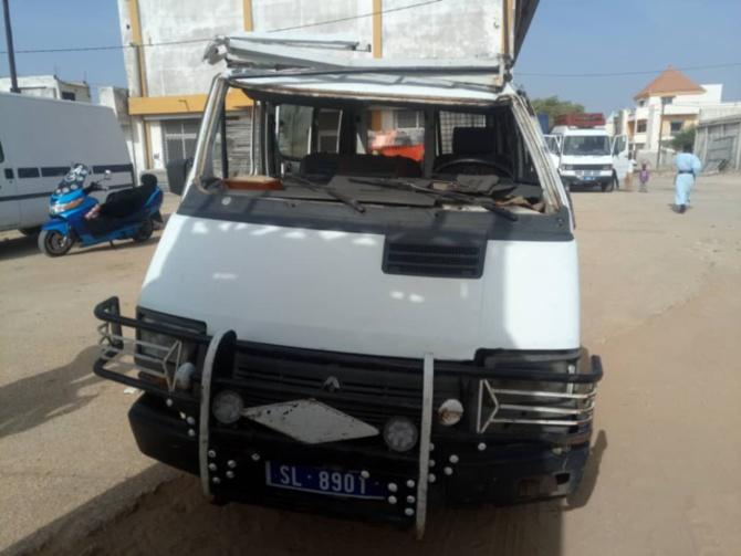 Touba-Mbacké: un véhicule de transport se renverse et fait plusieurs blessés