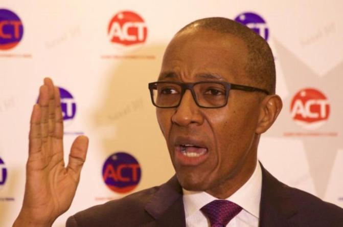 Investiture du candidat de Bby : Abdoul Mbaye, ancien Premier ministre, « les chefs d'Etat ont été piégés par Macky Sall… »