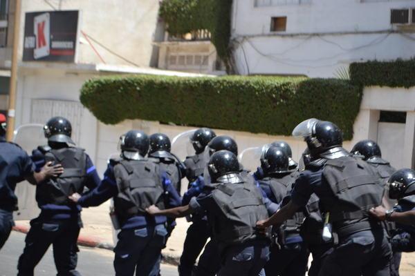 Affaire djibril biteye les commissaires sarr et bodian - Grille indiciaire commissaire de police ...