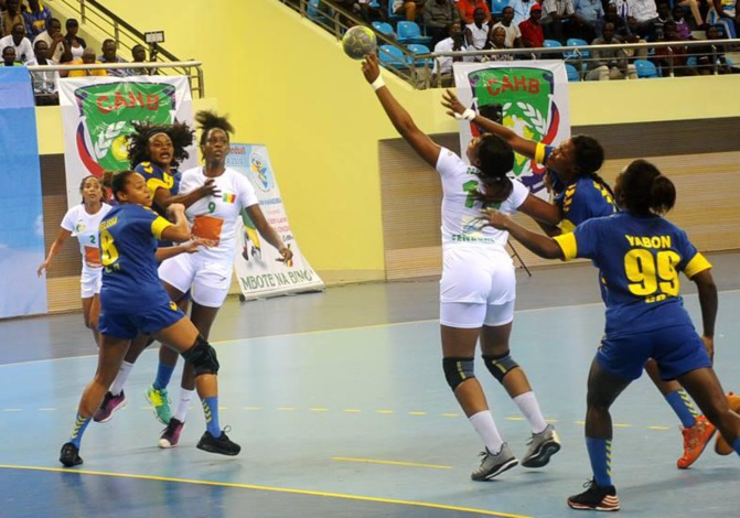 """Handball: Les """"Lionnes"""" en finale et qualifiées à la Coupe du monde"""