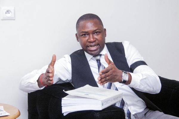 Dr Cheikh Omar Diallo sur le livre