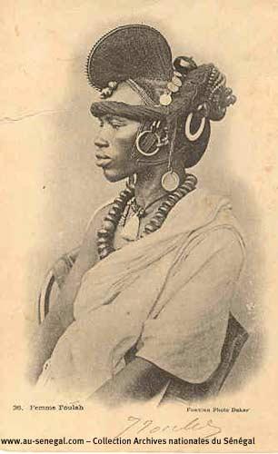 Carte postale Sénégal : Une femme Foulah
