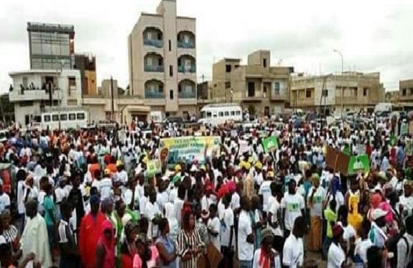 Guédiawaye: les populations dans la rue pour s'opposer au bradage du littoral