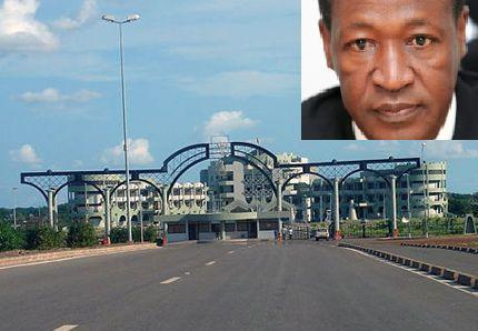 Coup d'Etat en cours au Burkina Faso : Des tirs à l'arme lourde au palais présidentiel