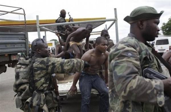 [ REPORTAGE ] Abidjan entre maintien de l`ordre et tentations de représailles