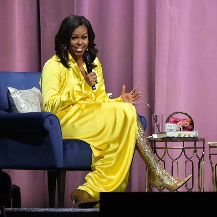 Photos : Michelle Obama affole les réseaux sociaux avec ses cuissards bariolés