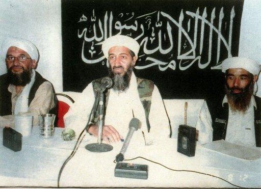 Le président Barack Obama a annoncé que les Etats-Unis avaient tué le chef d'Al-Qaïda Oussama Ben Laden dimanche lors d'une opération commando au Pakistan, et salué l'aide des autorités d'Islamabad.