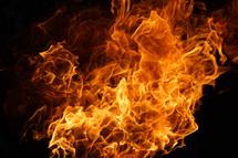 Dieupeul: Une femme tente de se suicider par le feu