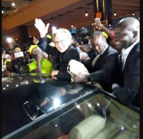 Arrivée à Dakar hier,  Viviane s'installe chez …