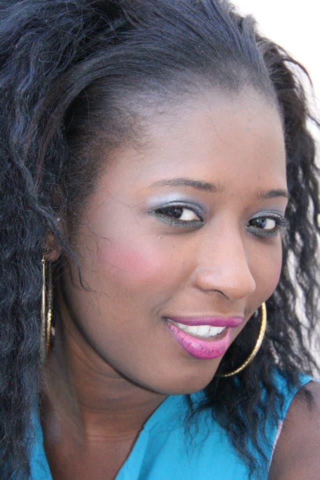 Une actrice sénégalaise publie sa photo d'il y a 10 ans et crée une polémique de « Khessal » (6 photos)