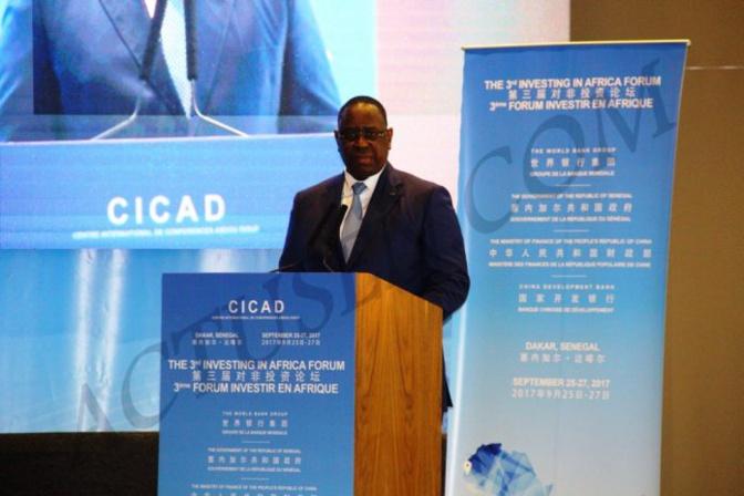 """Macky Sall : """"nous devons réformer, innover et poursuivre les efforts d'amélioration de l'environnement des affaires pour attirer plus d'investissement"""""""