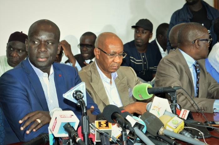 Revivez en images la rencontre du Collectif des 25 candidats de l'opposition au siège de Bokk Gis-Gis