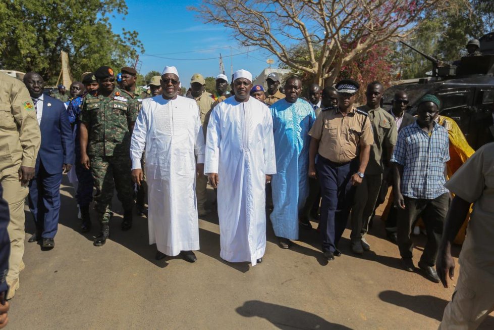 Photos : les images de l'inauguration du pont sénégambien de Farafegny par Macky Sall et Adama Barrow