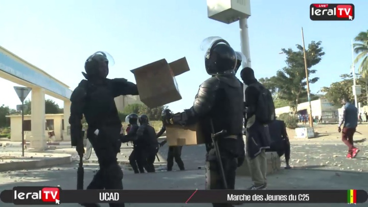 Vidéo: Retour sur la marche interdite des jeunes du C25 à L'UCAD
