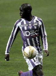 Mbengue : Toulouse refuse 6 millions de Newcastle