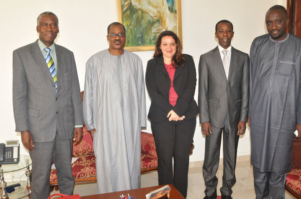 Distinction: Cheikh Amar honoré au palais des Nations Unis