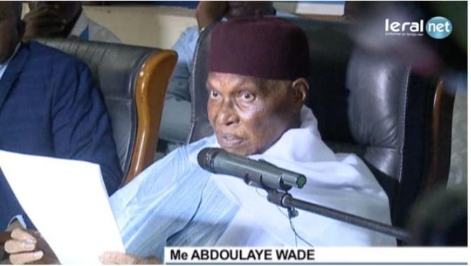 Les déclarations incendiaires de Wade traduisent l'état d'esprit d'un homme en déliquescence » (Benno Bok Yaakar)