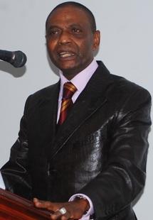 [Audio] « Objection » de Pape Samba Mboup: le problème de la succession n'est pas réglé, Karim a des ambitions politiques