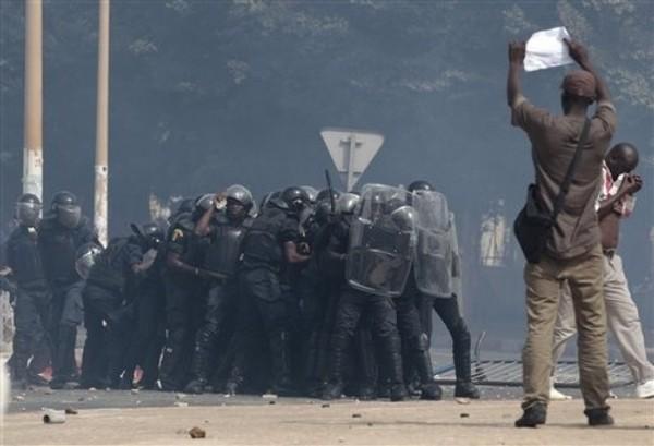 Après les manifestations, les opposants ne veulent pas d'un nouveau mandat de Wade