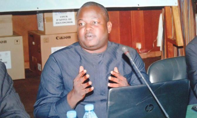 Interdiction Sunu débat par le CNRA : Le Pr. Ngouda Mboup remet Babacar Diagne à sa place