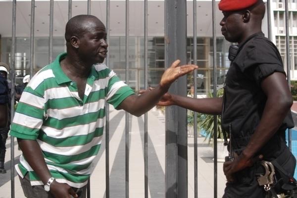 Raz-le-bol des Sénégalais sur les coupures d'électricité