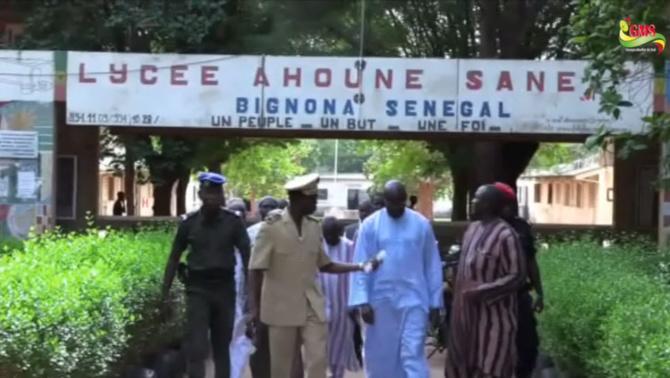 Bignona : Le proviseur du Lycée et deux de ses collègues exclus