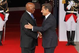 Quand Sarkozy se fait le « parrain » du dauphin Wade