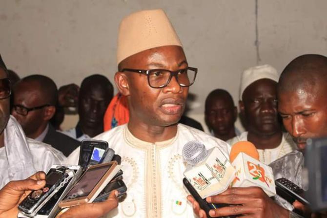 Moustapha Diakhaté demande au peuple d'excuser Me Moussa Diop