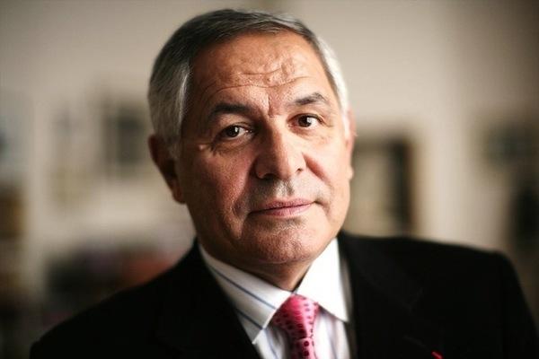 [Exclusif Audio] « Karim Wade a bel et bien demandé l'intervention de Paris le 27 juin », selon Robert Bourgi