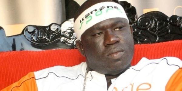 Le lutteur Yekini présenté en ''leader de son temps''