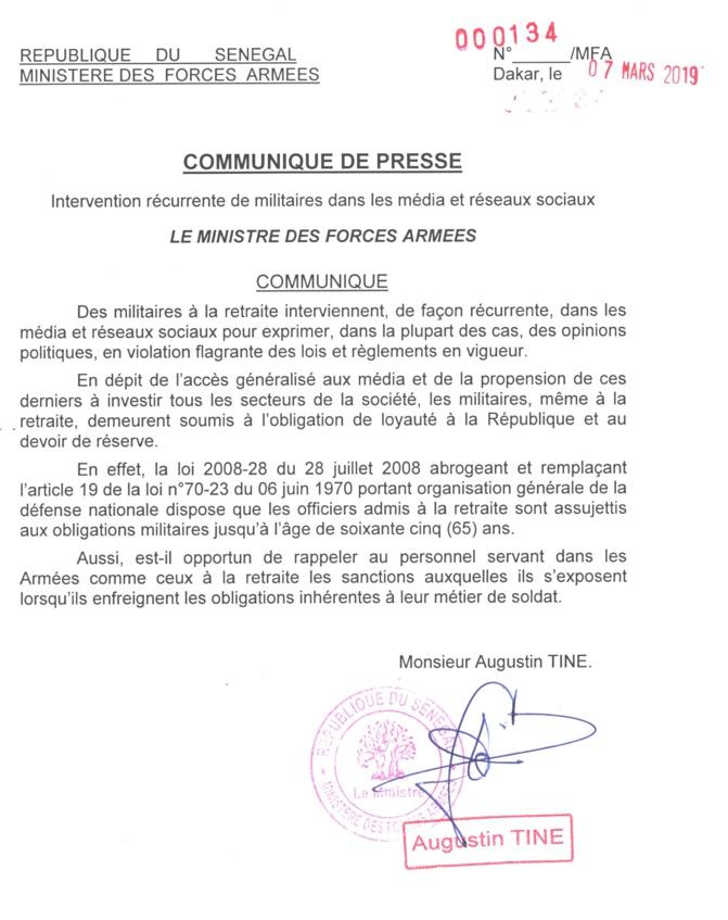 Augustin Tine rappelle aux officiers retraités leurs obligations militaires jusqu'à 65 ans