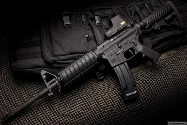 Achat de 2200 fusils M4A1: Macky Sall décaisse près d'un milliard dans un contrat d'entente directe