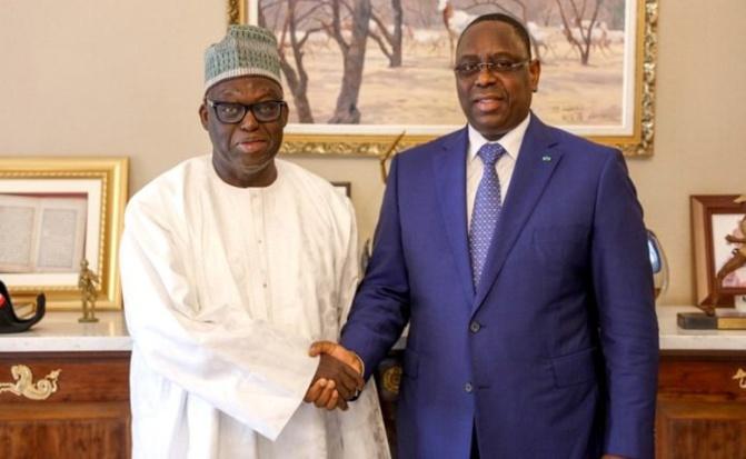 L'Afp sur l'appel à un dialogue national: le président de la République a décidé de rester sur les hauteurs