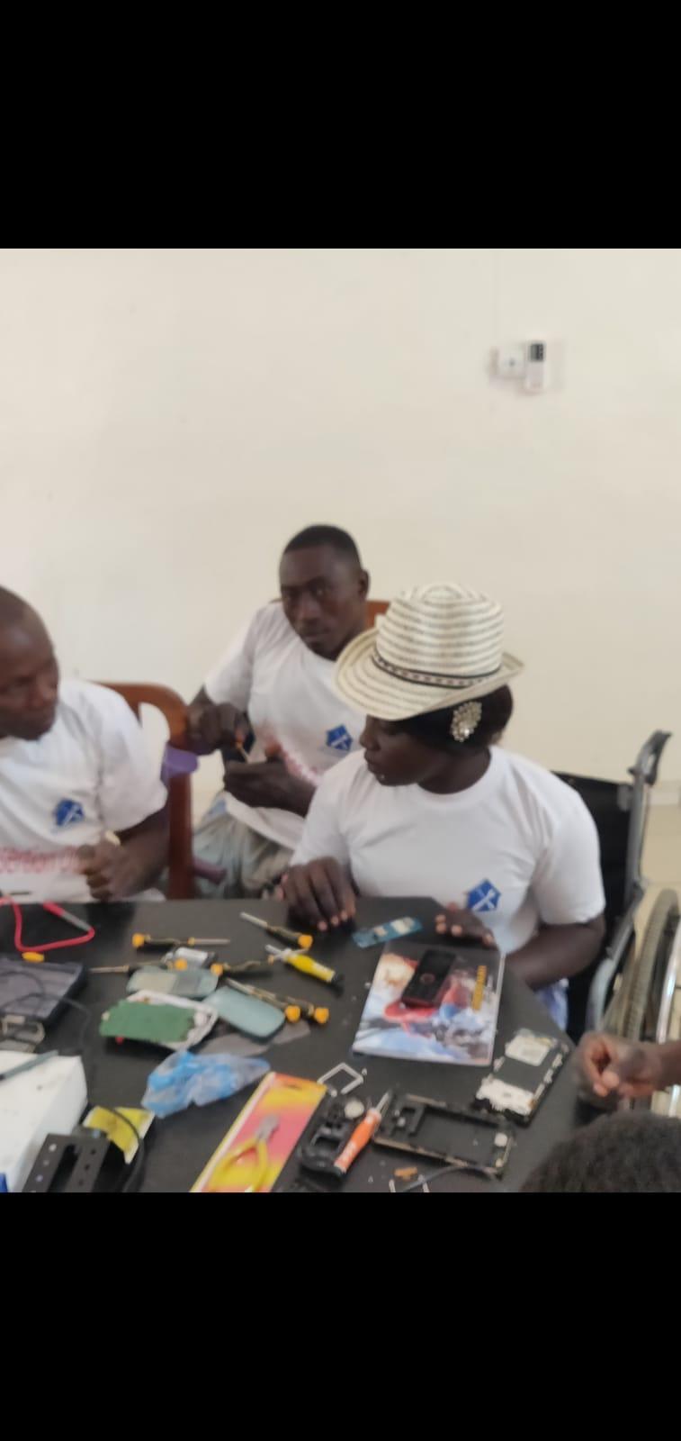 Formation des personnes à mobilité réduite à la chambre des métiers de Thiès, Par Elhadji Sow