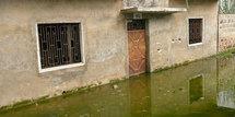 BANLIEUE DAKAROISE - Des dizaines de quartiers sous les eaux : Les populations se cotisent pour louer des motopompes