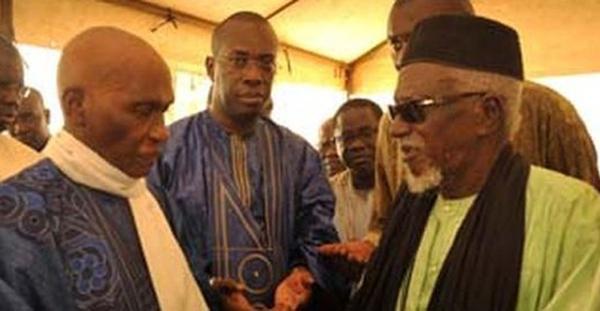 Les politiques et les chefs religieux menacent la laïcité, selon un juriste