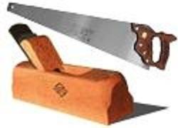 Un menuisier chute mortellement du haut d'une cabane, la dalle d'une maison s'affaisse sur un homme de 49 ans.