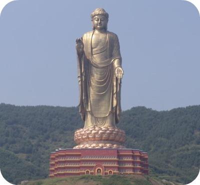 1. Bouddha du Temple du Printemps (Henan, Chine) 128m.