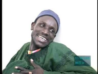 Ndogou chez les locataires - Le voleur de Saanex