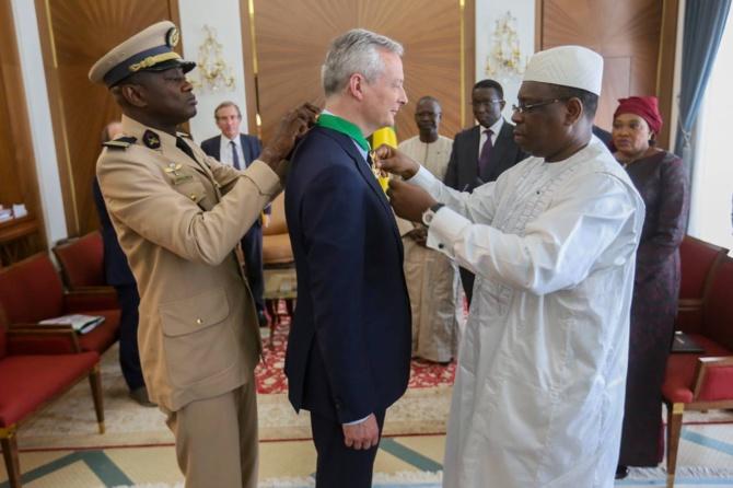 Décoration: Le ministre français de l'Economie et des Finances Bruno Le Maire élevé à l'Ordre national