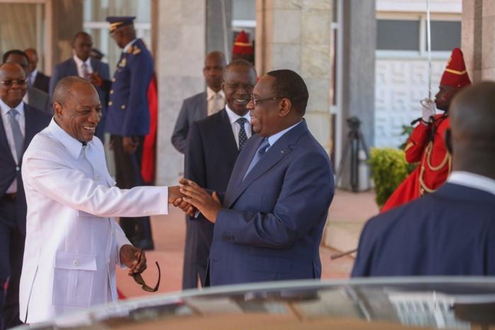 Photos : Alpha Condé à Dakar pour la prestation de serment de Macky Sall