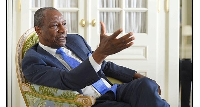 Alpha Condé chez Amadou M. Mbow et Moustapha Niasse