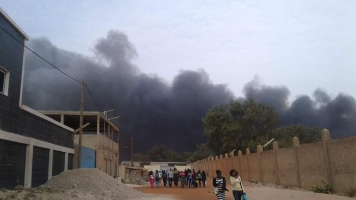 Urgent - L'usine Sunecor (mèches Linda) à Mbao ravagée par un violent incendie