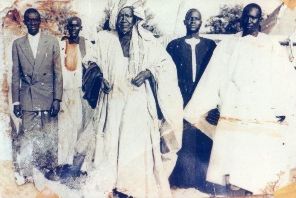 Photos : Découvrez ces photos collector de Serigne Fallou Mbacké
