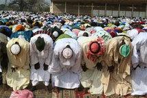 Des musulmans engagent la célébration des fêtes à l'unisson