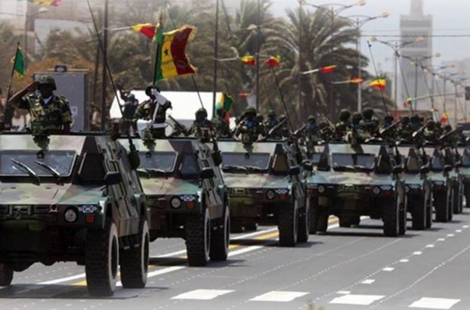 Les chiffres du défilé du 4 avril 2019: 815 civils, 4035 militaires, 345 véhicules, 124 motos, 7 aéronefs et 66 chevaux