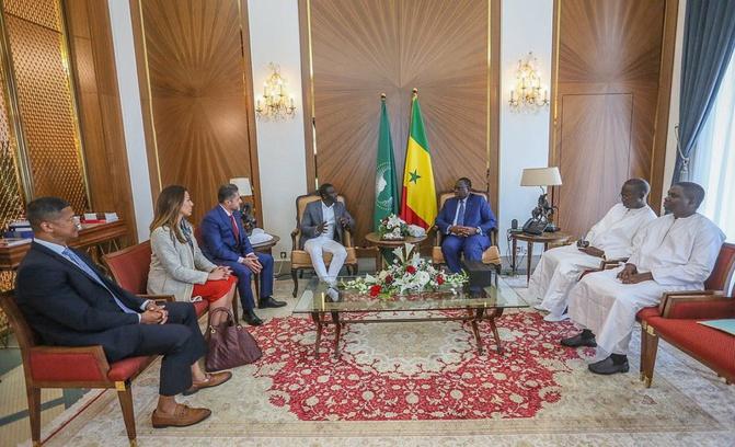 Porteur d'un projet d'investissement : Akon reçu par le Président Macky Sall au palais