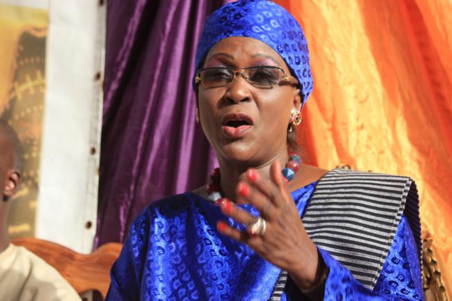 Resserrement du gouvernement : Amsatou Sow Sidibé apprécie