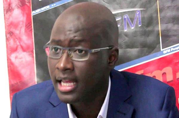 Ndongo Samba Sylla : « le franc CFA nous empêche de décoller »