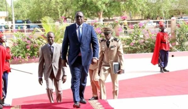 Arrivée du président Sall au palais de la République, la liste du gouvernement toujours attendue